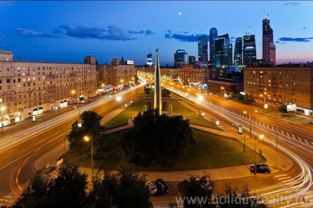 метро Кутузовская, Кутузовский проспект, 33